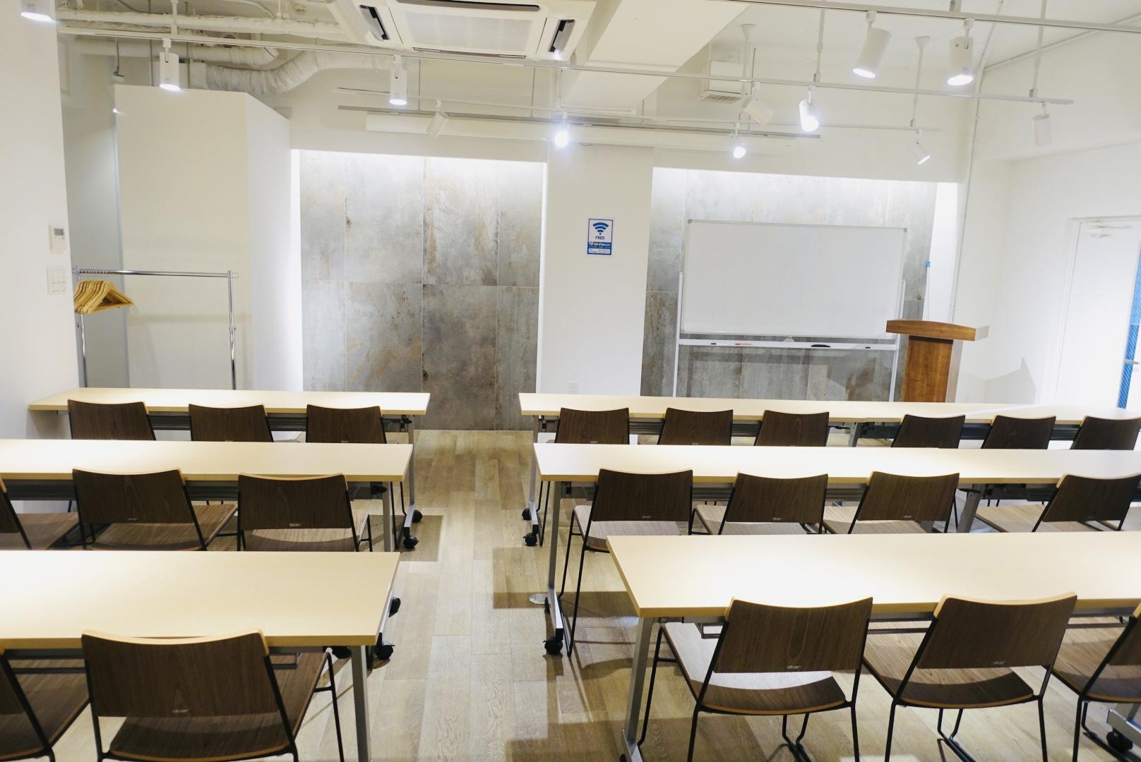 レンタルスペース「スペースマーケット会議室 ーT's南森町3Fー」の画像2