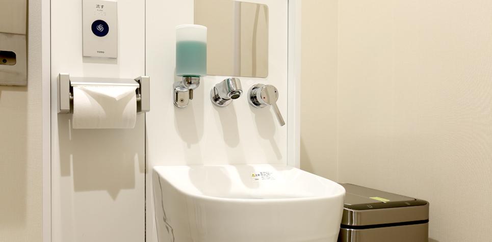 LUXCAREHOTEL(ラクスケアホテル)2Fオストメイト対応多目的トイレ