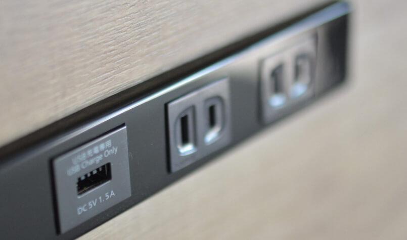 USBポートコンセント